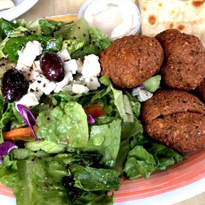Falafel Platter from Pappoules